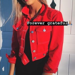 Kendal x Kylie red jacket cropped